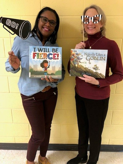 teacher wtih books