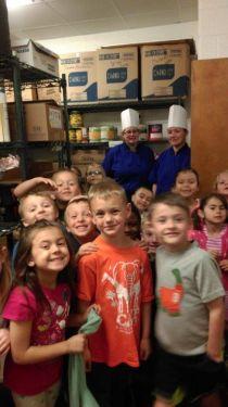 16-04-26 Kindergarten Cafeteria