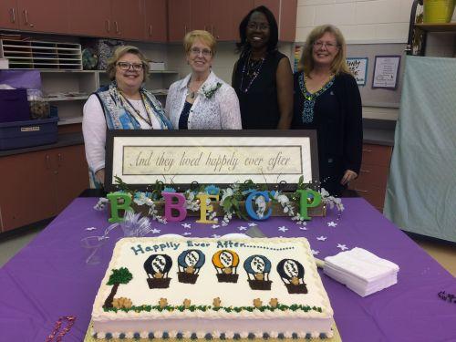 16-06-07 Retirement Cake